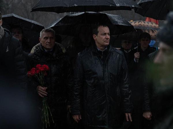 Краснодарцы возложили венки и цветы к мемориалу «Жертвам фашистского террора»